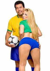 Vivi Brunieri e Ronaldo Fake em filme pornográfico